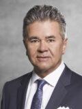 Dir. Wolfgang Pfeil, MBA